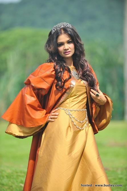 Zarina Zainuddin (Permaisuri Bimasakti)