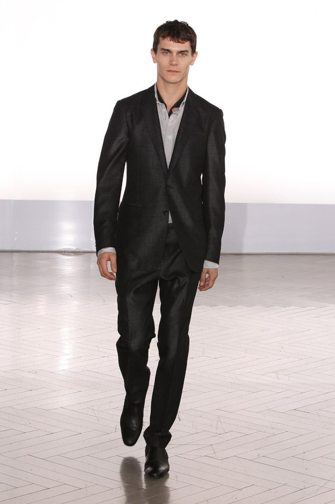Vincent Lacrocq3097_SS12 Paris Cerruti(Homme Model)