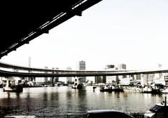 橋の下から #inpoke