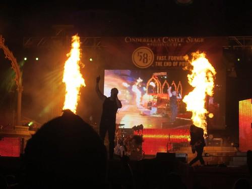 Skillet sets the Castle on Fire