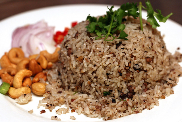 Khao Nam Liap (S$10) - Olive Minced Pork Fried Rice