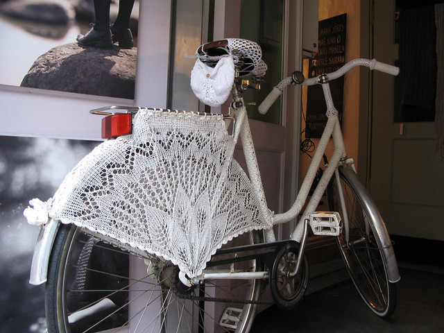 Knitted bicycle, Tallinn
