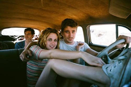 On_The-Road_Kristen_Stewart_Feb3_1