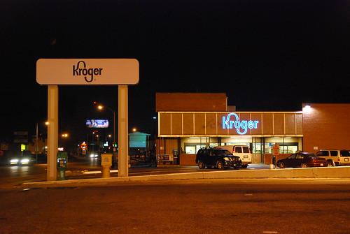 Memphis Photo Blog: Kroger on Union