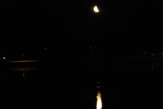 Måne över Vågen