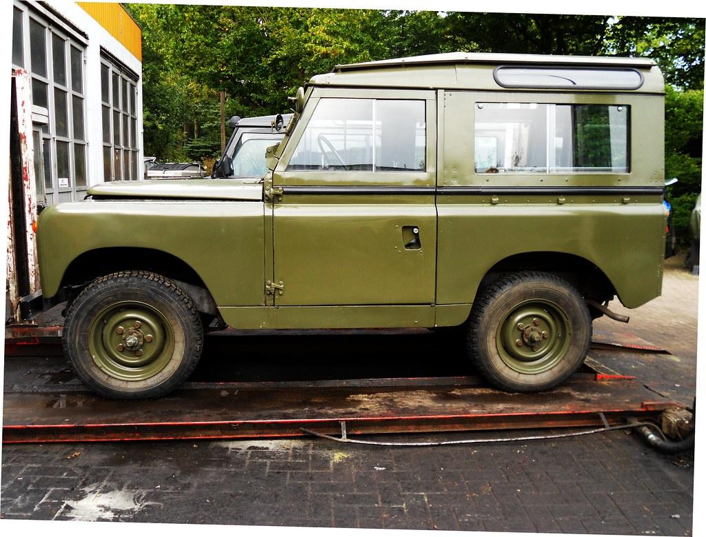 Land Rover 88 Series IIa (1967)