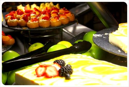 cruise ship dessert buffet