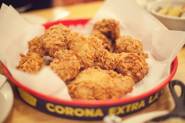 Fried chicken at Brooklyn Star. Photo by Donny.