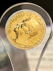 United Nations: Nobel Peace Prize (Peter Denton) Tags: 2001 newyork words politics medal un unitednations medallion lettering romannumerals nobelpeaceprize alfrednobel internationalaffairs canoneos60d peterdenton mdcccxcvi