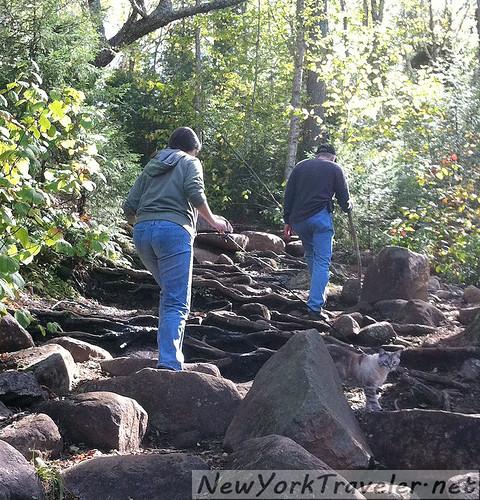 Livvy CLimbing 4