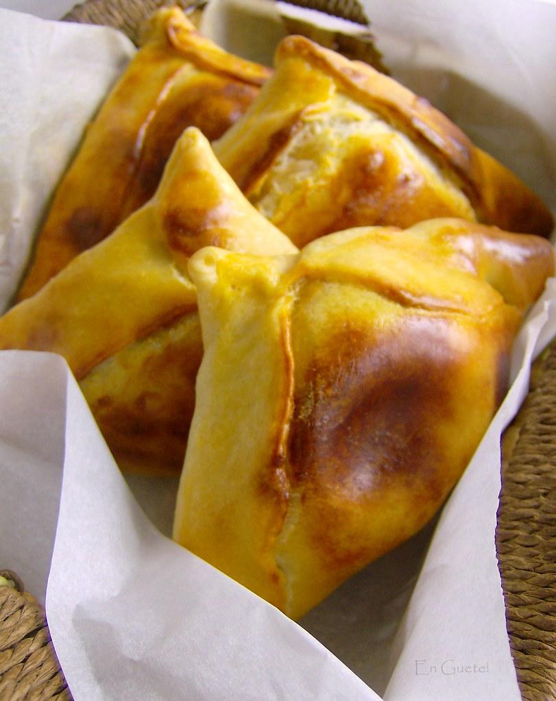 Empanadas de horno de pino