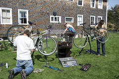 "Fixing Green Bikes • <a style=""font-size:0.8em;"" href=""http://www.flickr.com/photos/7973252@N08/6184877919/"" target=""_blank"">View on Flickr</a>"