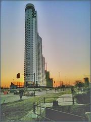 La Torre (diegohernanibarra) Tags: argentina atardecer nokia torre rosario dolphines diegohernanibarra