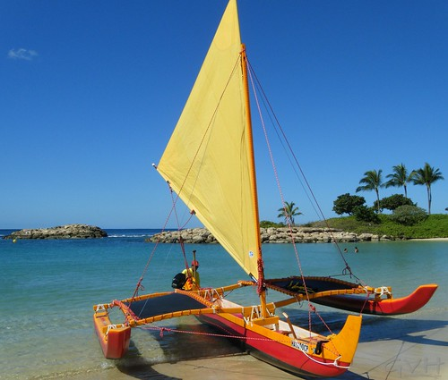 Outrigger Sailing Canoe - Hawaiian Ocean Adventures