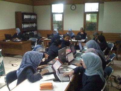"Konsultansi BPOM Bandung • <a style=""font-size:0.8em;"" href=""http://www.flickr.com/photos/41601386@N04/6191720110/"" target=""_blank"">View on Flickr</a>"