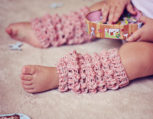 Looking For Stocking/Japanese Leg Warmer Patterns - CROCHET