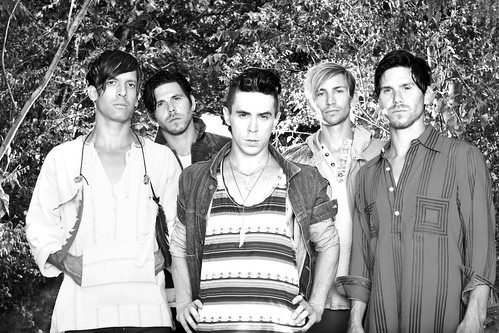 Family Force 5 Photo 1 (2011)