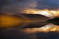 Loch Sunart (the44mantis) Tags: sunset lake reflection scotland boat yacht escocia calm highland serene loch schottland strontian schotland ecosse scozia