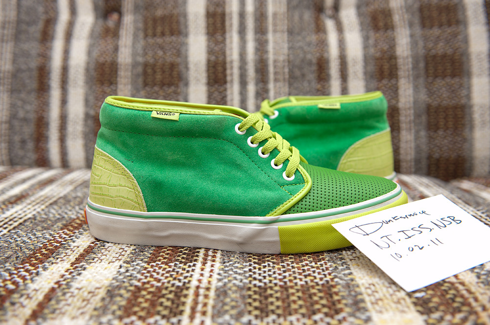 FS: Kicks Hi Chukkas Size: 9