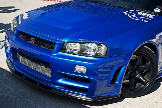 Skyline GT-R R34 XIII