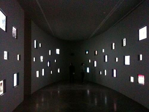 <span>mosca</span>Ve lo aspettate un Garage così? Cultural exhib Mosca<br><br><p class='tag'>tag:<br/>cultura | mosca | </p>