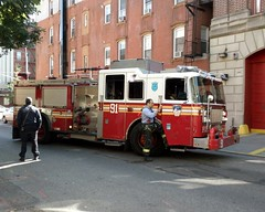 E091e FDNY Engine 91, Spanish Harlem, New York City (jag9889) Tags: county city nyc house ny newyork building classic station architecture truck fire harlem manhattan engine east company spanish borough firehouse eastharlem elbarrio spanishharlem fdny department firefighters 91 seagrave bravest 2011 engine91 e091 y2011 jag9889