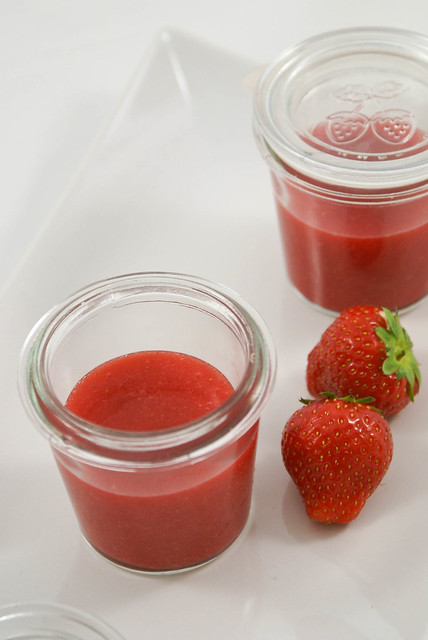 StrawberriesSauce2