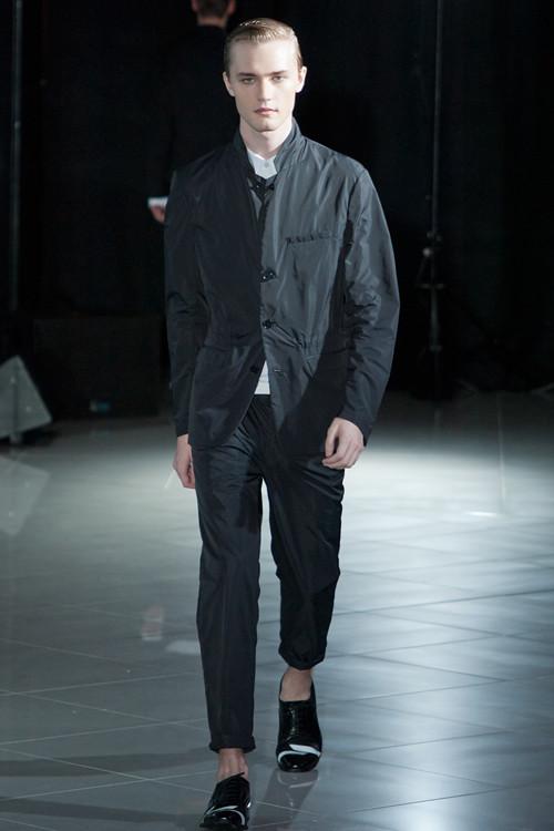 SS12 Tokyo MOLFIC004_Sam Pullee(Fashion Press)