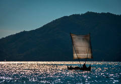 Conosco delle barche... (neera*) Tags: madagascar fishermanboat nosybe explored barcadapesca