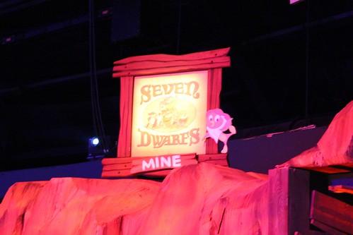 Seven Dwarfs Mine display with Orange Bird