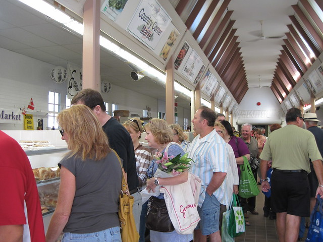 Welland Farmers' Market - 10 September 2011 - NiagaraWatch.com