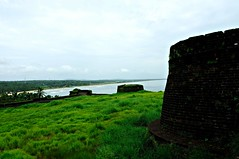 Bekal Fort, Malabar, Kerala (-Reji) Tags: history architecture ancient nikon view fort military kerala holes observatory british sultan defence rulers malabar d90 eastindiacompany kasargod tippu cannanore bakel 11century kanhangad perumals rejik kolathiris kanjagad medikaritrip samuthiris keralavisitsept11