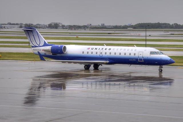 United Express (SkyWest) Bombardier CRJ-200ER (N983SW)