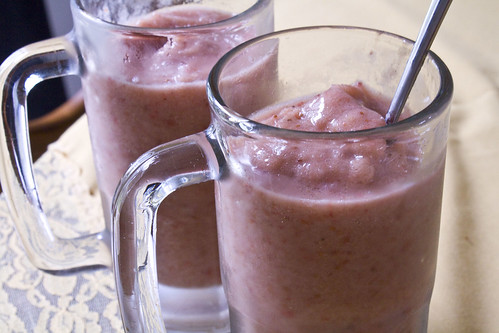 this frozen fruit combination is the perfect solution Strawberry Banana Apple Smoothie Recipe (no sugar added)