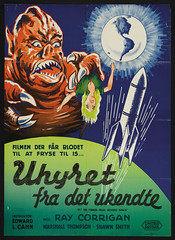 IT! THE TERROR FROM BEYOND SPACE (1958) Danish one sheet (hollywoodgorillamen.com) Tags: fiction poster still ray space alien science lobby card horror corrigan