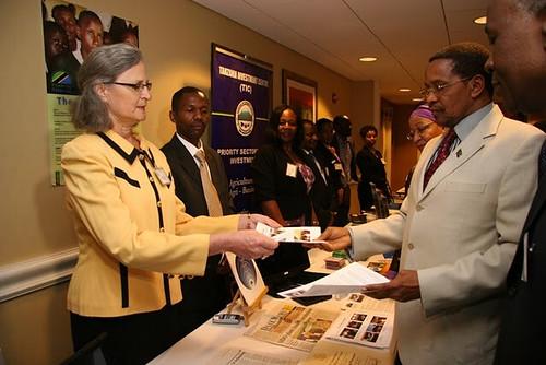 Janice with Tanzanian President Kikwete