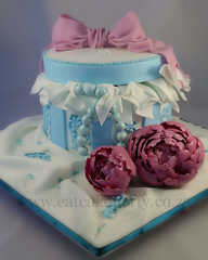 Peony box cake (Dot Klerck....) Tags: flowers orange cake peony dot pearls bow boxcake ladyscake eatcakeparty