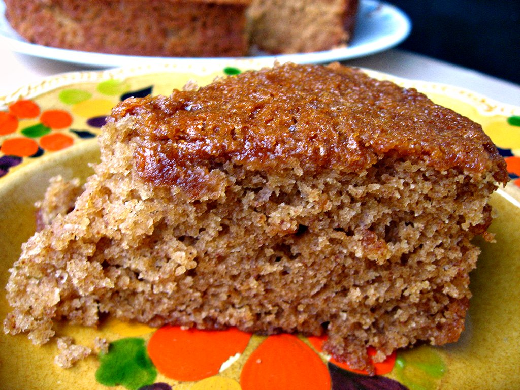 yellebellyboo: Majestic and Moist Honey Cake