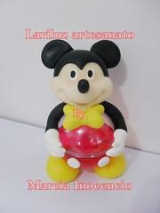Mickey - Centro de mesa -  Bola Acrilica (lariluzartesanato) Tags: aniversario biscuit festa lembrancinha centrodemesa cachepo bolaacrilica