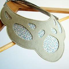 Mask - Necklace #5 (moldarina) Tags: necklace natural handmade unique colar woolfelt cottonfabric textilejewellery