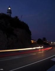 Només el far del sud ella es mira... (hard to concentrate) Tags: lighthouse night catalonia catalunya maresme far nit calella 08370 olympuse450