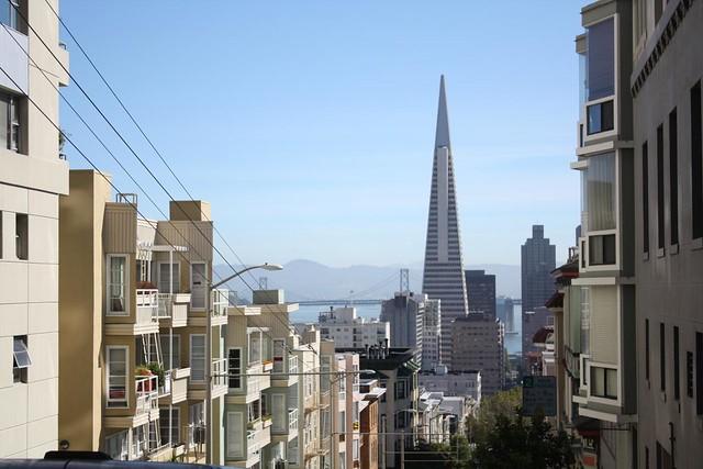 SF - Bay Bridge - Pyramid Building