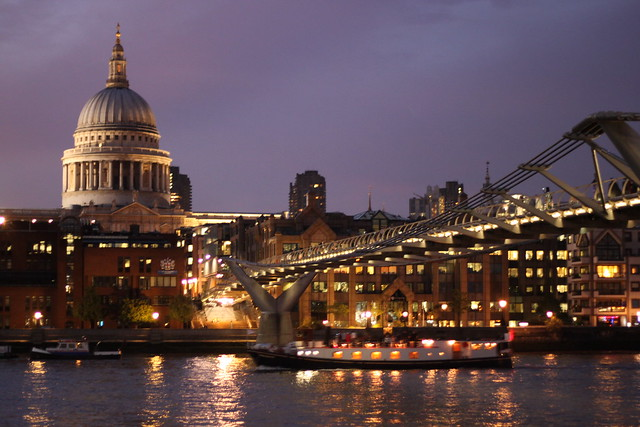 LONDON CALLING 692