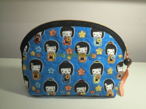 Necessaire Kokeshi by tania patchwork