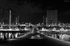 La BNF (D.M.C.M) Tags: bridge blackandwhite paris france night canon river europe noiretblanc nacht library explore hashi gateway pont myfavorites bibliothque nuit iledefrance nocturne rivegauche  fleuve   furansu  passerelle      yoru  mesprfres 60d  dmcm burijji kurotoshiro  fgu peulangseu yroppa