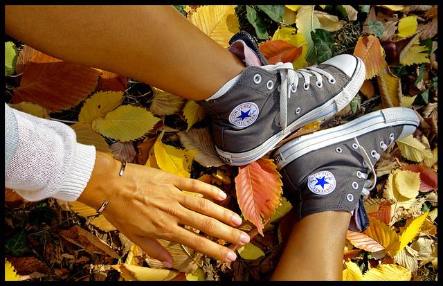 браслет минимализм, конверсы, осень