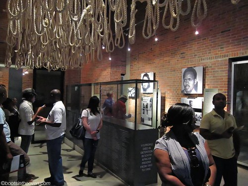 Nooses representing people who died in police custody