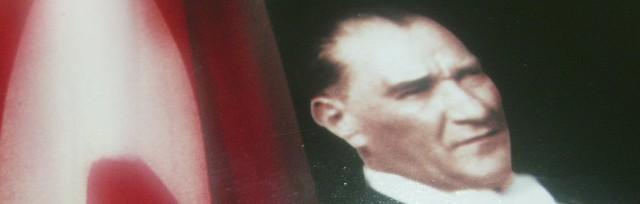 Mustafa Kemal Atatürk !