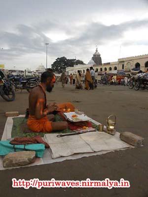 Sanyasi at Grandroad ( Badadanda ), Puri Odisha