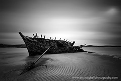 Cara na Mara (Azzmataz) Tags: county ireland bw white black mono wreck donegal norther gweedore bunbeg caranamara